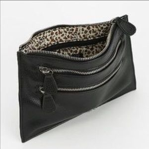 URBAN OUTFITTERS TRIPLE ZIP CLUTCH